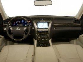 Ver foto 27 de Lexus LS 600h 2008