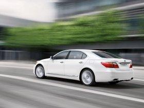 Ver foto 2 de Lexus LS 600h 2010