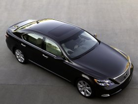 Ver foto 15 de Lexus LS 600h L UVF45 2007