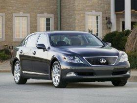 Ver foto 18 de Lexus LS 600h L UVF45 2007