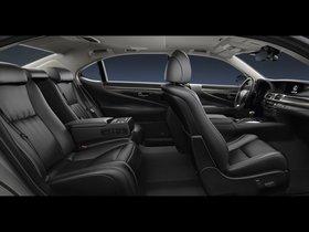 Ver foto 13 de Lexus LS 600hL Europe 2013