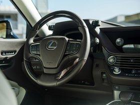 Ver foto 33 de Lexus LS500 USA 2017