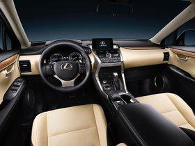 Ver foto 24 de Lexus NX 300h 2014