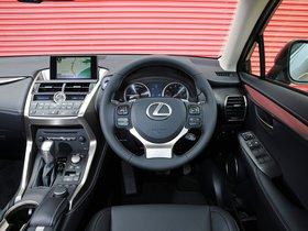 Ver foto 24 de Lexus NX 300h UK 2014