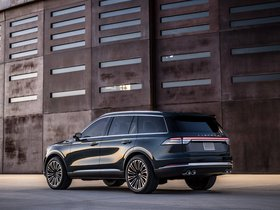 Ver foto 2 de Lincoln Aviator 2018