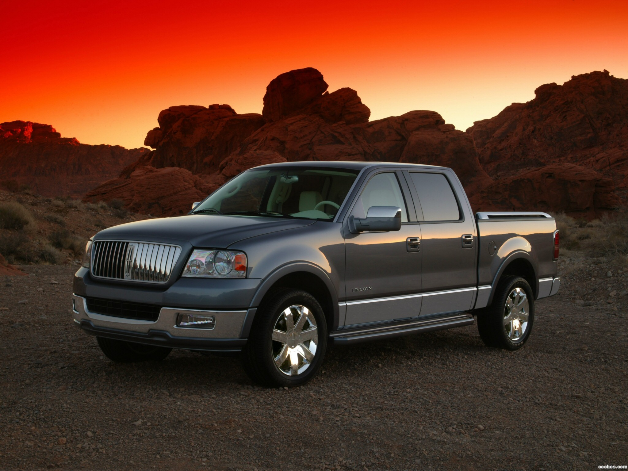 2010 lincoln mark lt first drive review car and driver. Black Bedroom Furniture Sets. Home Design Ideas