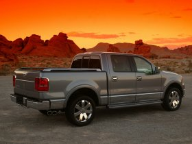 Ver foto 7 de Lincoln Mark LT 2005