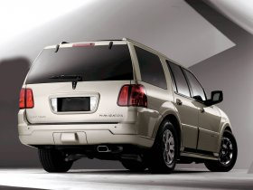 Ver foto 2 de Lincoln Navigator 2005