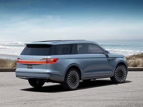 Ver foto 2 de Lincoln Navigator Concept 2016