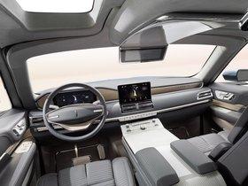 Ver foto 14 de Lincoln Navigator Concept 2016