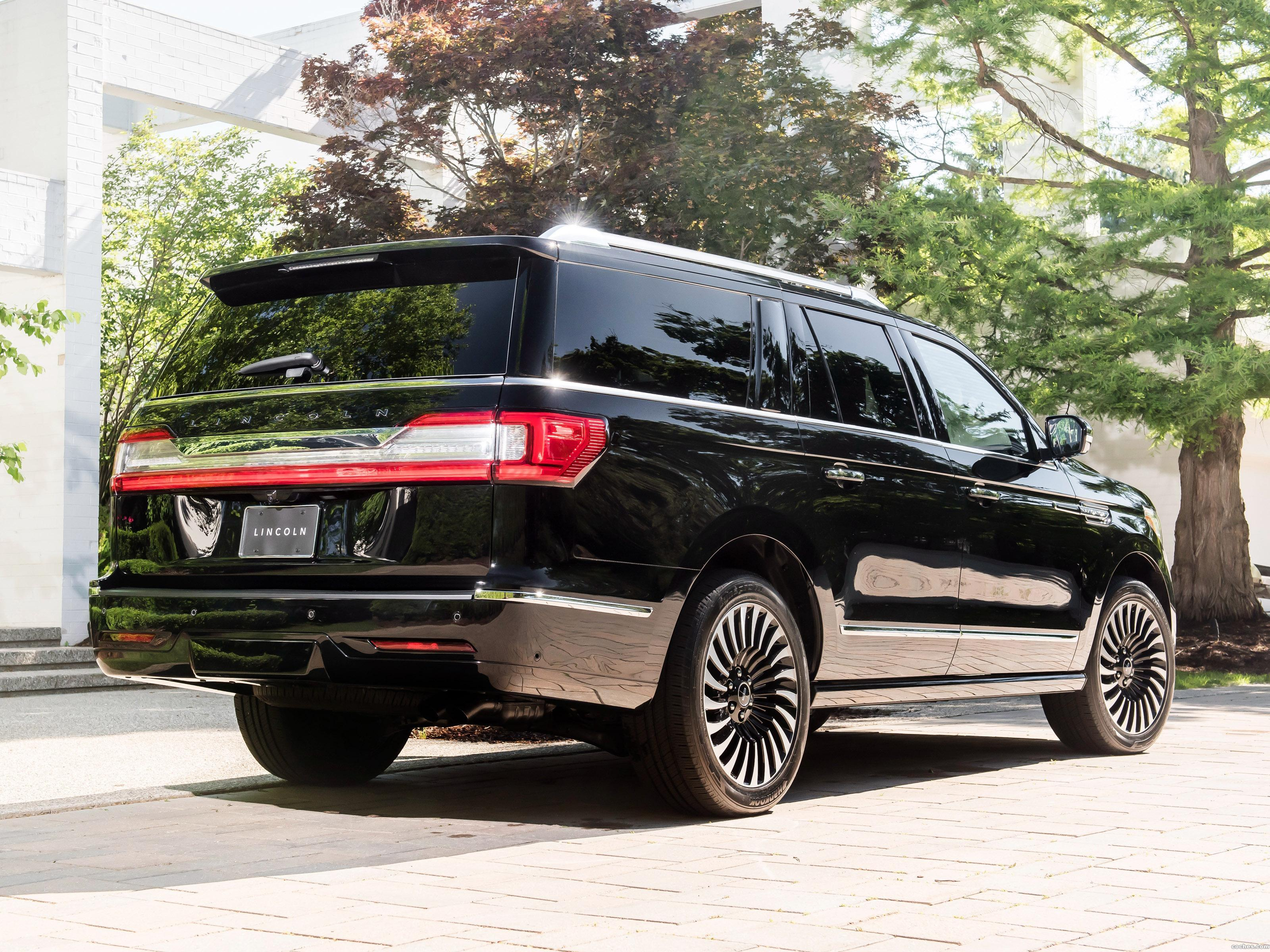 Foto 2 de Lincoln Navigator L Black Label 2017