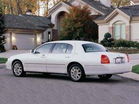 Ver foto 2 de Lincoln Towncar 2003