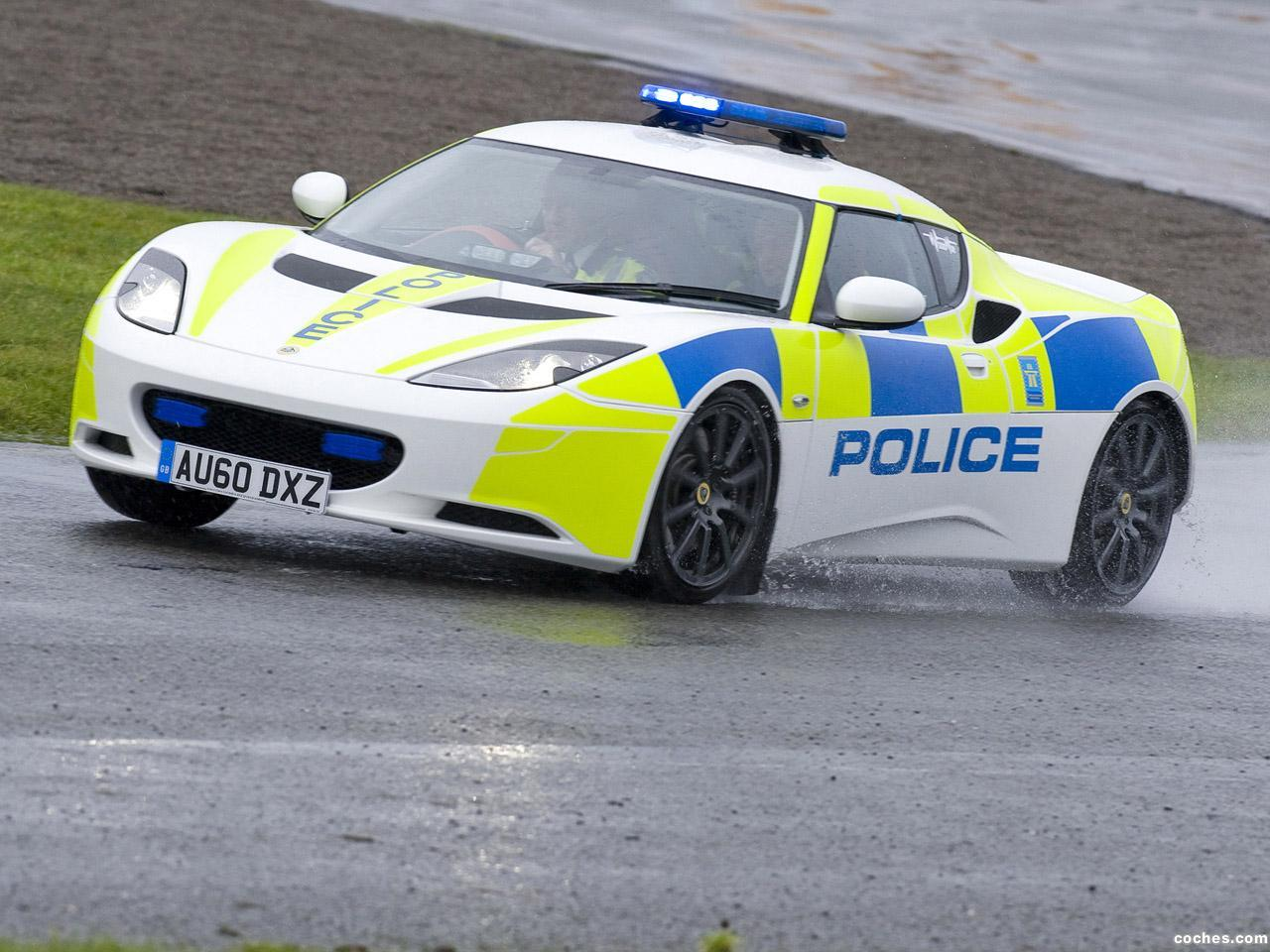 Foto 6 de Lotus Police 2010