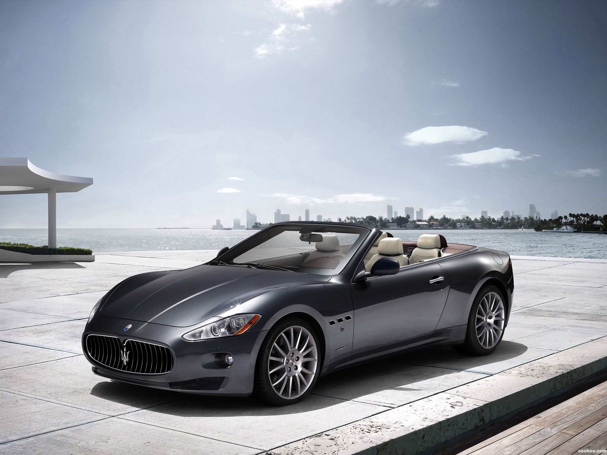 Foto 0 de Maserati GranCabrio 2010