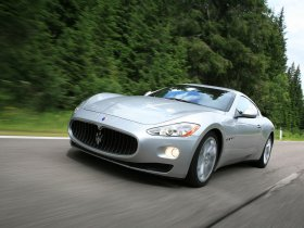 Ver foto 12 de Maserati GranTurismo 2007