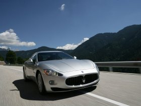 Ver foto 10 de Maserati GranTurismo 2007