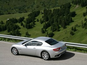Ver foto 7 de Maserati GranTurismo 2007
