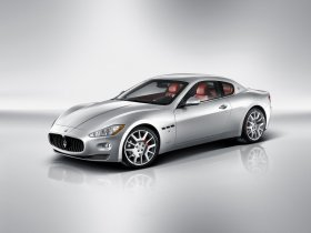 Ver foto 22 de Maserati GranTurismo 2007