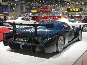 Ver foto 2 de Maserati MC12 2004