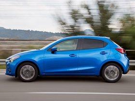 Ver foto 23 de Mazda 2 (DJ) 2015