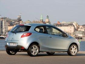 Ver foto 2 de Mazda 2 3door 2008