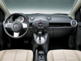 Ver foto 7 de Mazda 2 Sedan 2007