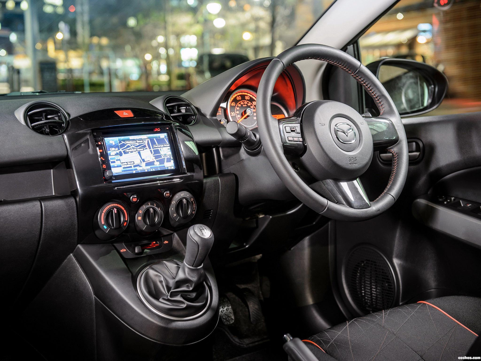 Foto 3 de Mazda 2 Sport Colour 2014