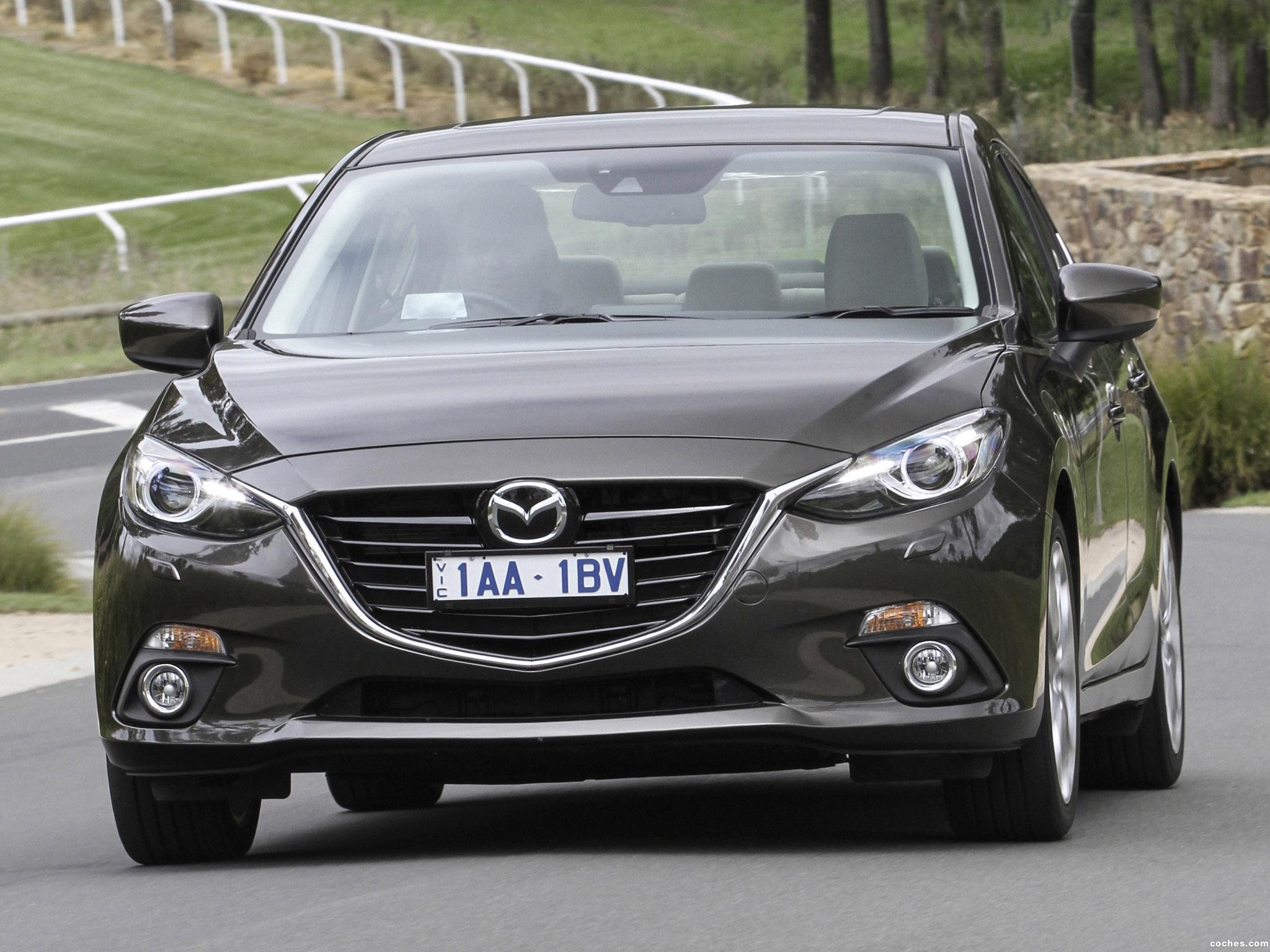 Foto 3 de Mazda 3 Sedan Australia 2014