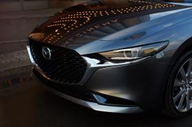 Ver foto 4 de Mazda 3 Sedan Zenith 2019