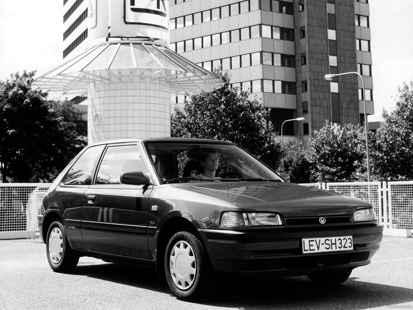 Foto 0 de Mazda 323 3 puertas BG 1989