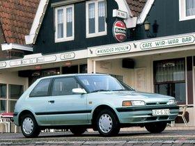 Ver foto 3 de Mazda 323 3 puertas BG 1989