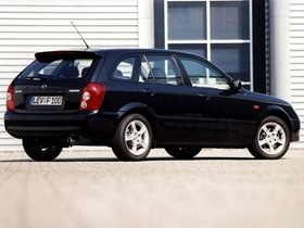 Ver foto 6 de Mazda 323 F BJ 2000
