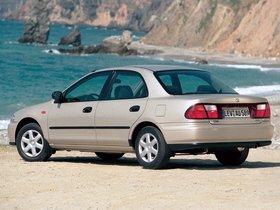 Ver foto 2 de Mazda 323 S BA 1994