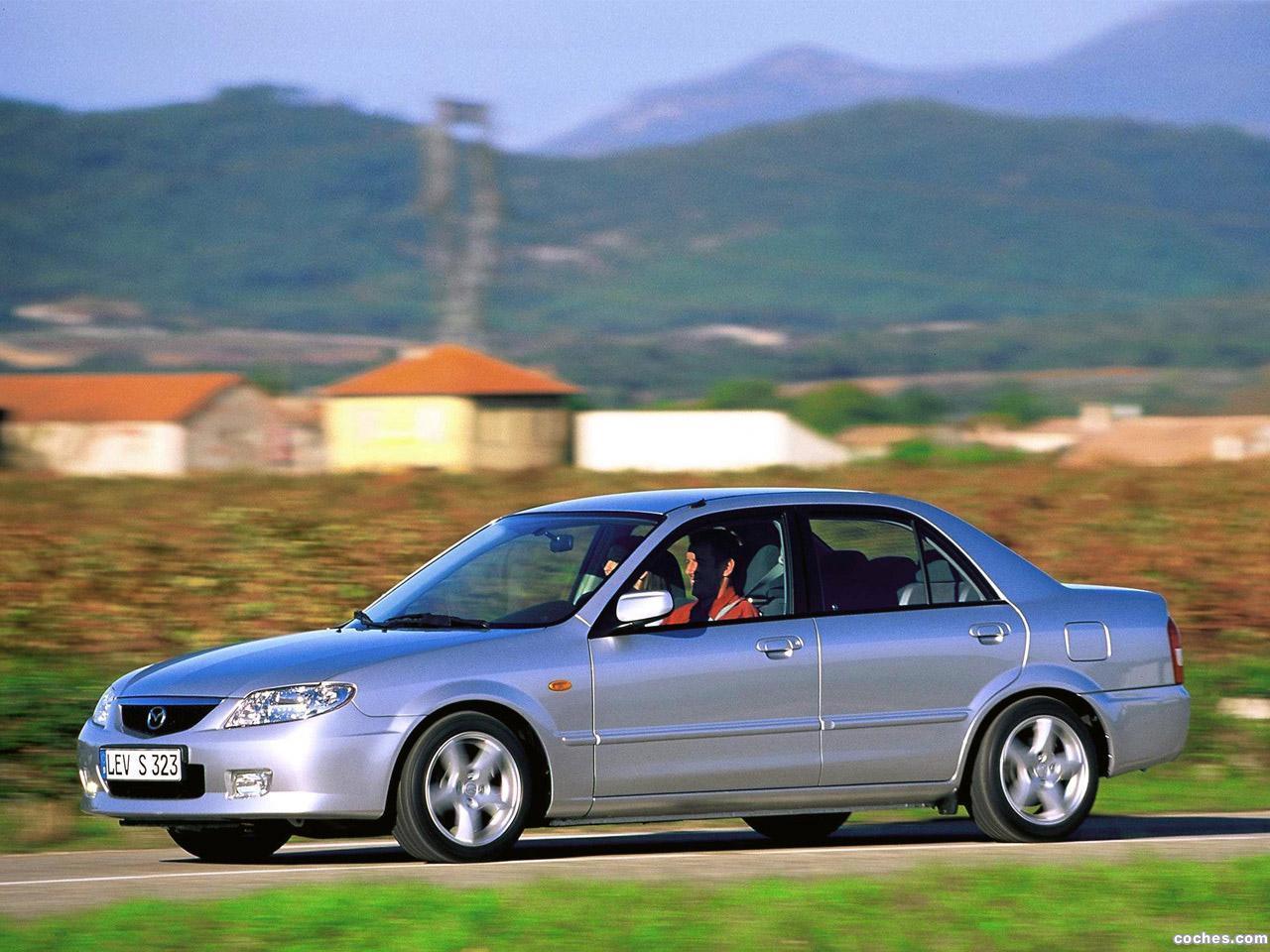 Foto 5 de Mazda 323 Sedan BJ 2000