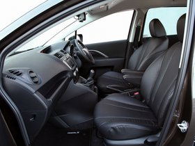 Ver foto 17 de Mazda 5 Sport Venture 2014