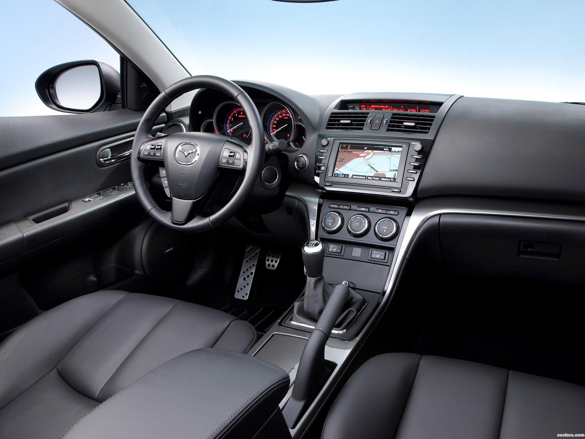Foto 2 de Mazda 6 Hatchback 2010