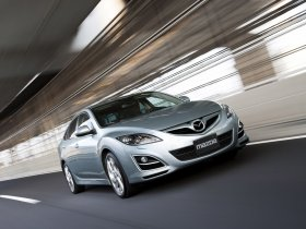 Fotos de Mazda 6 Hatchback 2010