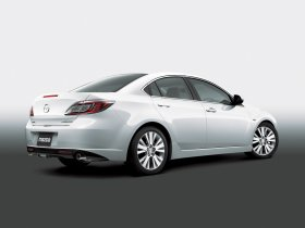 Ver foto 2 de Mazda 6 Sedan 2008