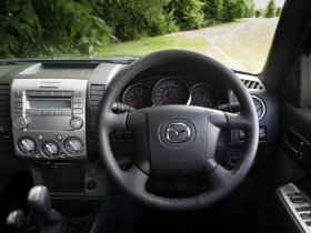 Ver foto 10 de Mazda BT-50 Double Cab UK 2008
