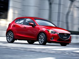 Ver foto 3 de Mazda Demio 2014