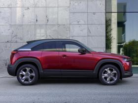 Ver foto 30 de Mazda MX-30 1st Edition 2020