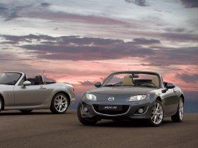 Ver foto 2 de Mazda MX-5 Roadster Coupe 2008