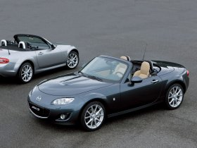 Fotos de Mazda MX-5 Roadster Coupe 2008