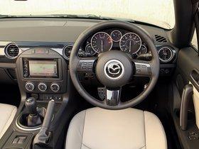 Ver foto 23 de Mazda MX-5 Roadster Coupe Sport Venture 2014