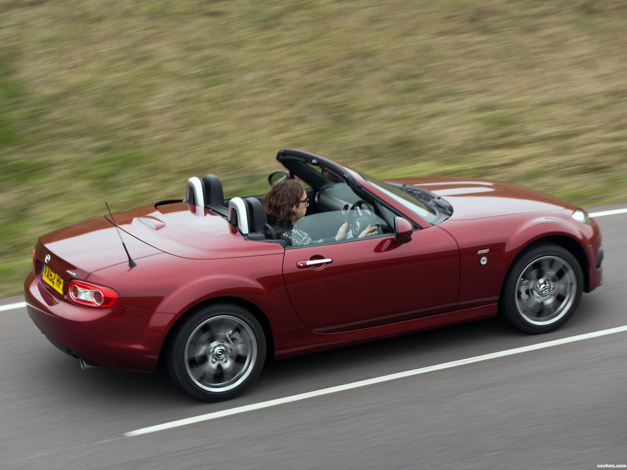 Foto 1 de Mazda MX-5 Roadster Coupe Venture Edition UK 2013
