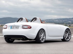 Ver foto 6 de Mazda MX-5 Superlight Concept 2009