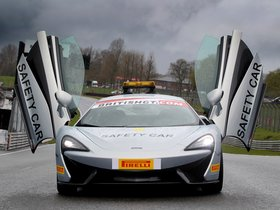 Ver foto 1 de McLaren 570S Coupe British GT Championship Safety Car 2016