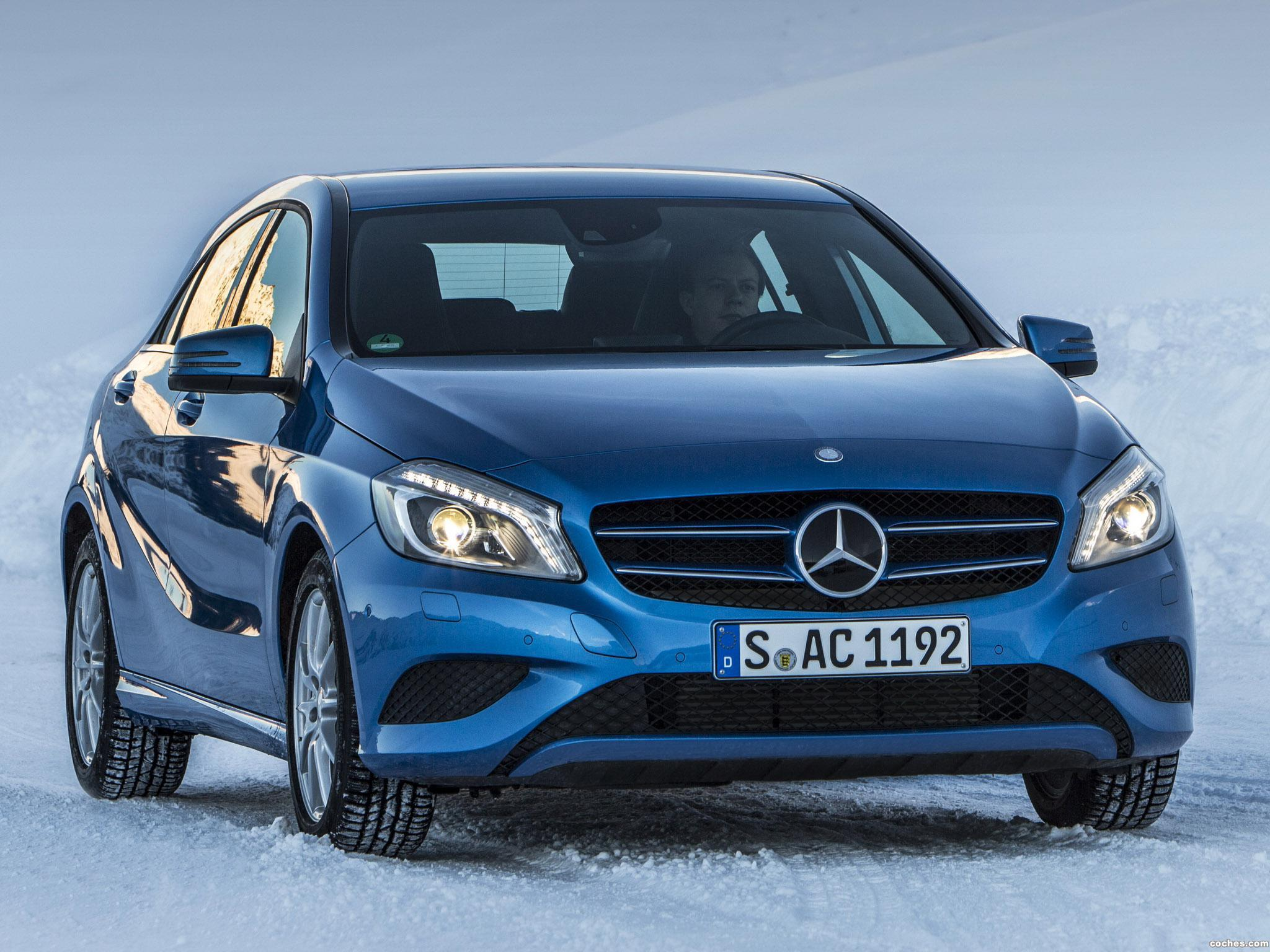 Foto 0 de Mercedes Clase A A250 4MATIC Urban Package W176 2013