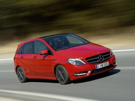 Ver foto 4 de Mercedes Clase B B200 BlueEfficiency W246 2011