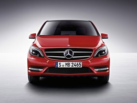Ver foto 12 de Mercedes Clase B B200 BlueEfficiency W246 2011